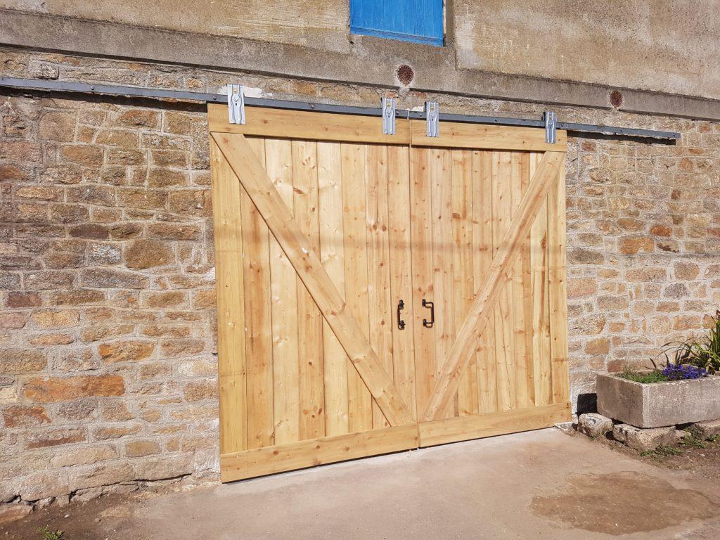 Barre Pour Porte Coulissante fabriquer une porte de grange coulissante - sos tracteur