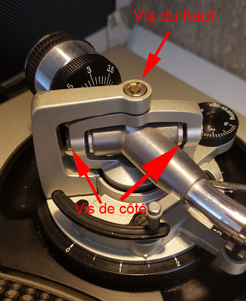Réglage des vis du pivot de bras de la technics SL1200 MK2 pour les disques qui sautent