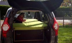 Dormir dans sa voiture Dacia